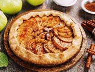 Рецепта Френски пай галет с ябълки и канела